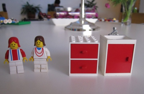 1970s lego people and furniture