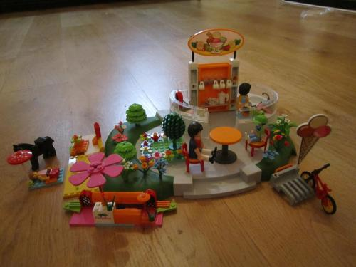 Lego with playmobil ice cream shop
