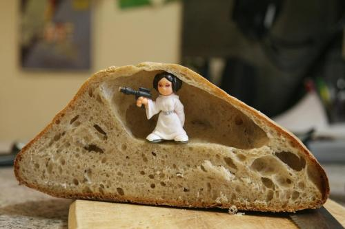 Princess leia in bread