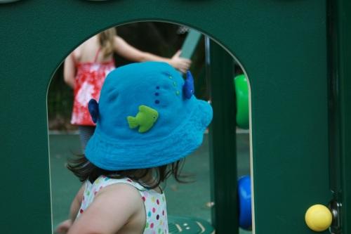 sun hat with fish